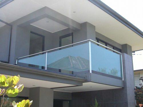 Glass balustrade Melbourne
